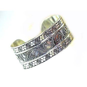 Intrinsic Bangle