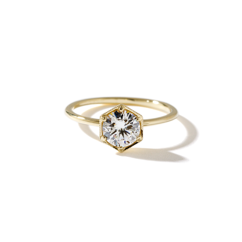 ILA Selene Engagement Ring