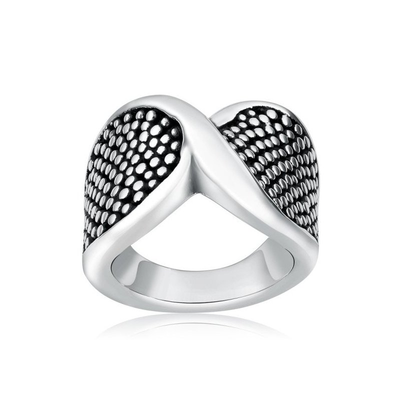 LARUS Jewelry Dotted Ring