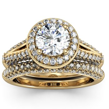Round Diamond Halo Engagemant Ring with Matching Wedding Band