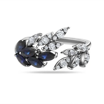 beautiful 14K ring with 27 Diamonds 0.42C TW & 5 Sapphires 0.95C TW