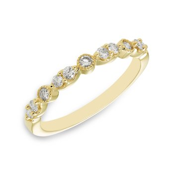 Yellow gold & diamond vintage-inspired wedding band