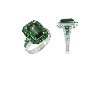 18KT GOLD RING WITH DIAMONDS, GREEN TOURMALINE AND GREEN GARNET