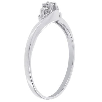 10k White Gold Diamond Accent 3-stone Promise Ring