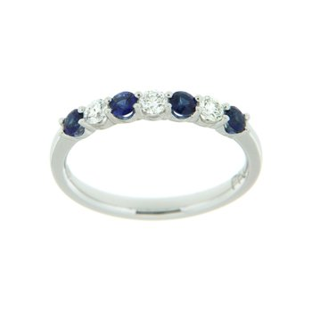 18k White Gold Ring with Sapphire & Diamond