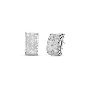 #26732 Of 18Kt Gold Diamond Earrings