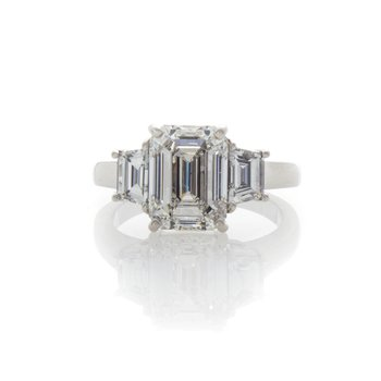 EMERALD CUT DIAMOND 3.01
