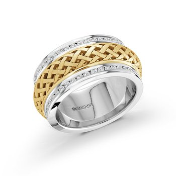 9mm white and yellow gold pattern cut out center band, embelished with 86X0.01CT edge-set diamonds, creating an exquisite sparkling look