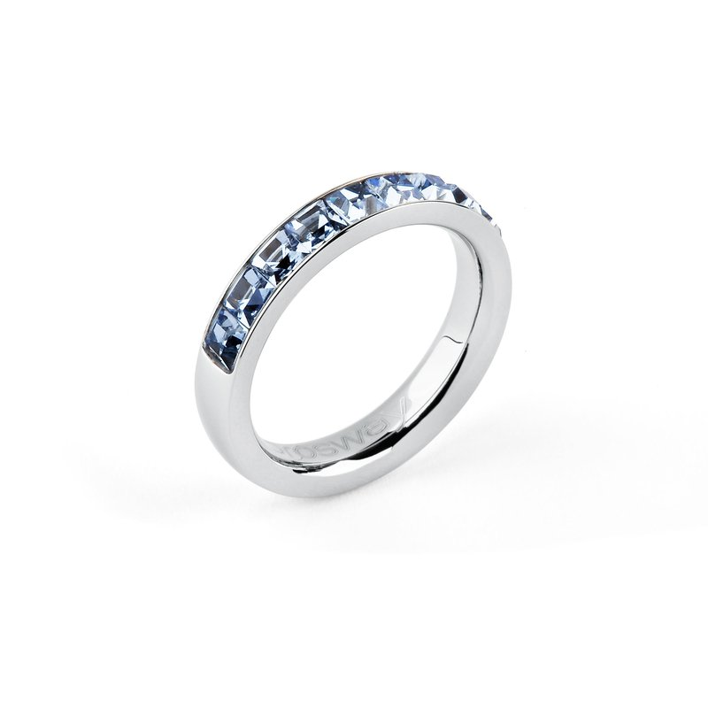 Brosway 316L stainless steel and light sapphire Swarovski® Elements crystals.