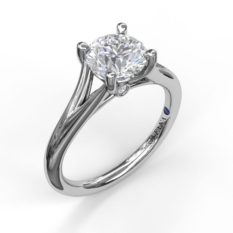 Fana Round Cut Solitaire With Delicate Split Band