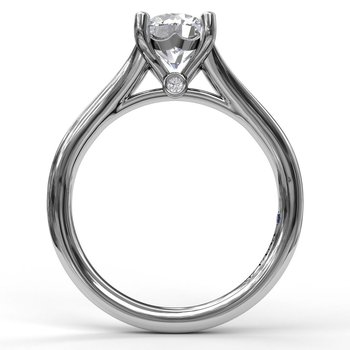 Round Cut Solitaire With Delicate Split Band