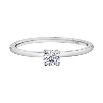I am Canadian™ Diamond Ladies Solitaire