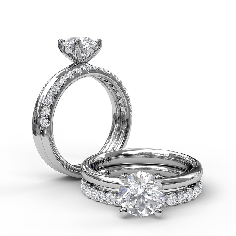 Fana Timeless Round Cut Solitaire Engagement Ring