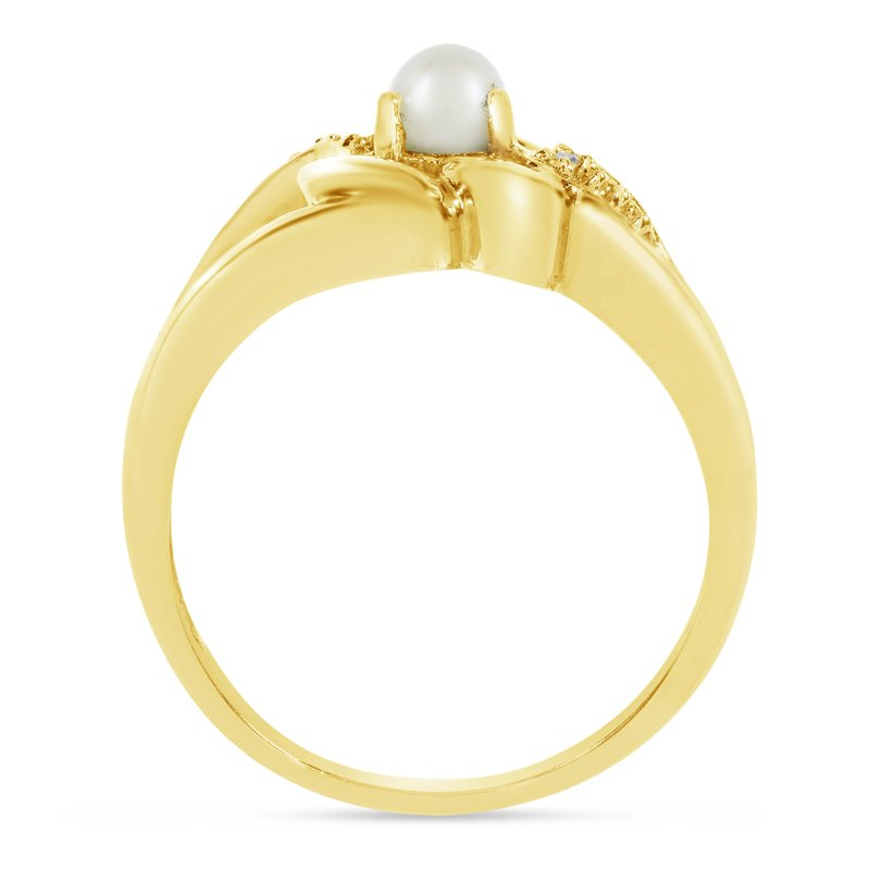 Color Merchants 14k Yellow Gold Freshwater Cultured Pearl And Diamond Heart Ring