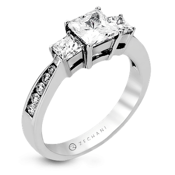 ZR404 ENGAGEMENT RING