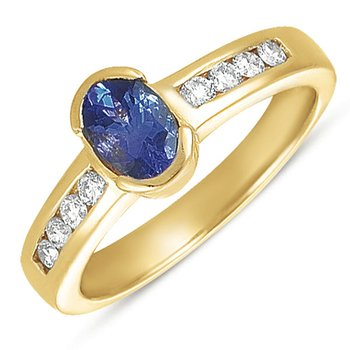 Tanzanite./diamond Ring