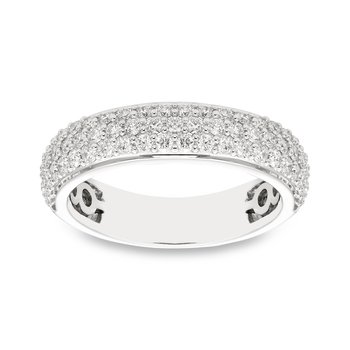 White gold & pave diamond ring