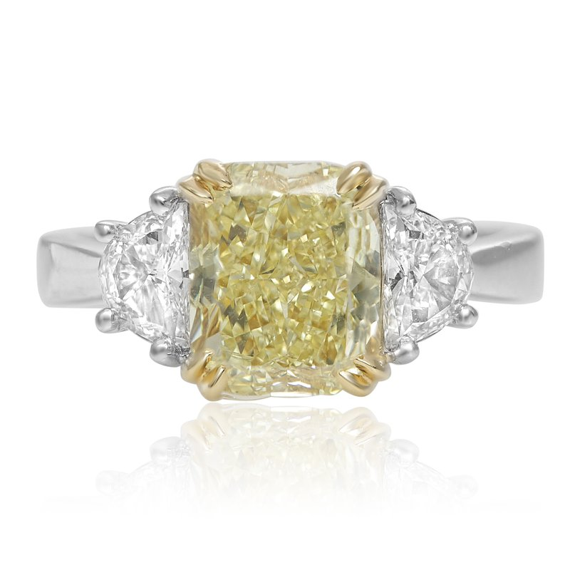 Roman & Jules Three Stone Diamond Ring