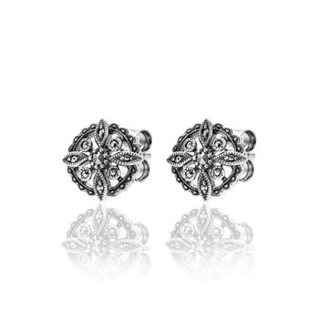 Classic Small Stud Earrings