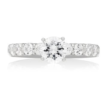 CLASSIC SHARED-PRONG SOLITAIRE RING