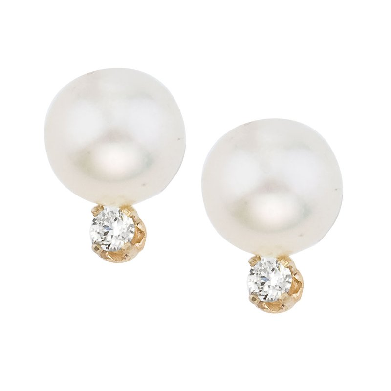 Color Merchants 14kt Yellow Gold 7 mm Freshwater Cultured Pearl and Diamond Stud Earring (.10 carat)