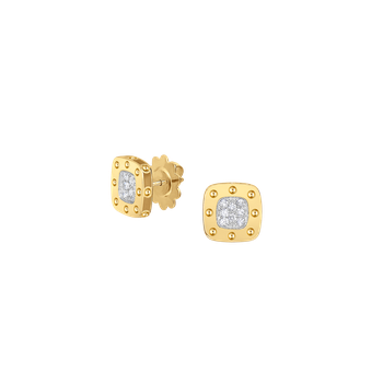 Stud Earring With Diamonds