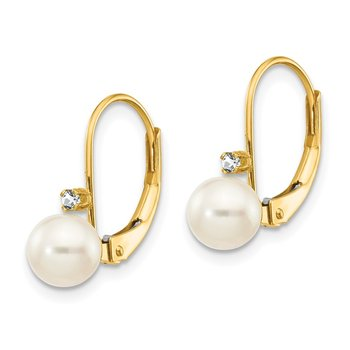 14k 5-6mm White Round FW Cultured Pearl AA Diamond Leverback Earrings