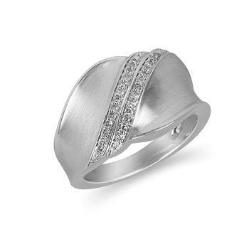 925 SS and diamond Fashion ring with 2 rows of diamonds accross and  in brush finish