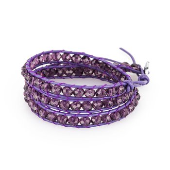 Bracelet. Purple leather, 316L steel closure and violet crystals