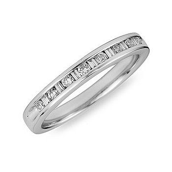 18K WG Diamond Round and Baguette Ring Band 1/4 Ct