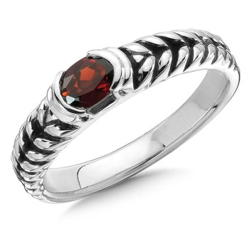 Sterling Silver Garnet Essentials Ring