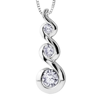 Maple Leaf Diamonds Tides of Love™ Pendant