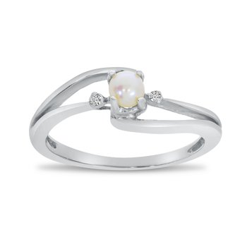 10k White Gold Freshwater Cultured Pearl And Diamond Wave Ring