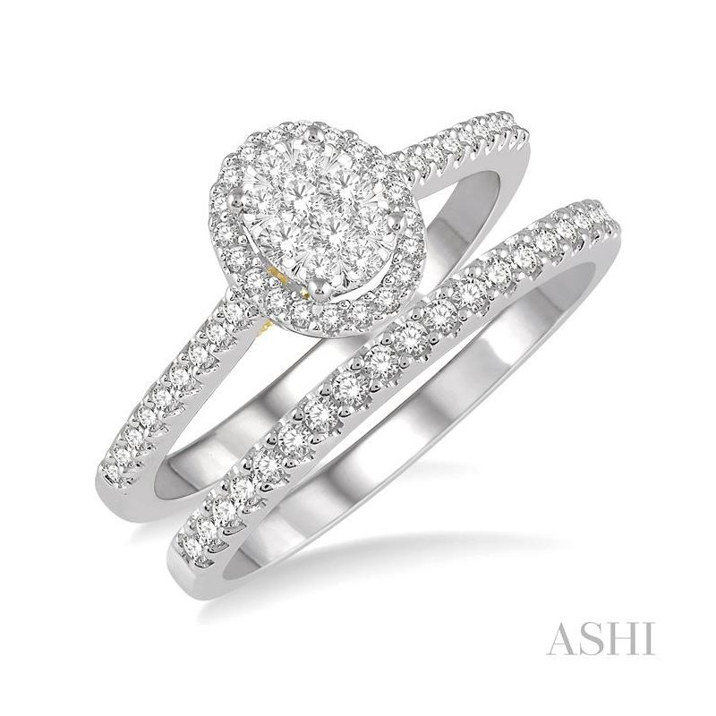 ASHI oval shape lovebright essential diamond wedding set