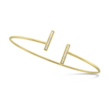 Diamond Bar Bracelet in 14K Yellow Gold with 18 Diamonds Weighing .09 ct tw