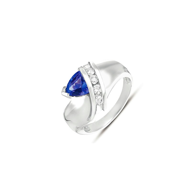 S. Kashi  & Sons Tanzanite./ Diamond Ring