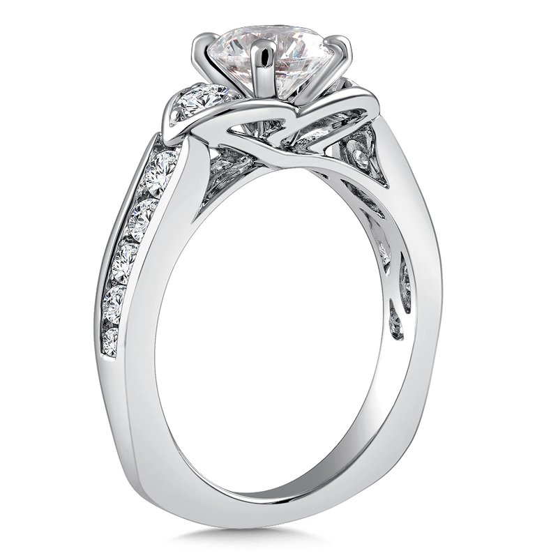 Caro74 3-Stone Diamond Engagement Ring Mounting in 14K White Gold with Platinum Head (.63 ct. tw.)