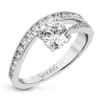 LR2822 ENGAGEMENT RING