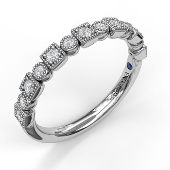 Alternating Square and Round Vintage Diamond Band