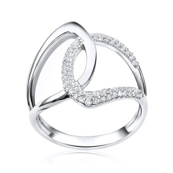 Interlaced Ring