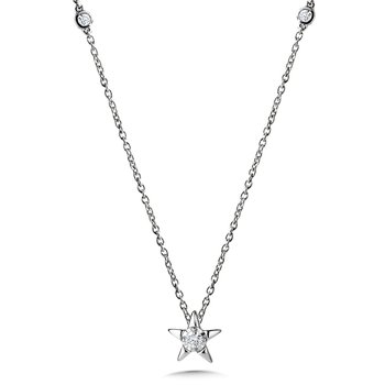 Star-Shaped Diamond Star Necklace