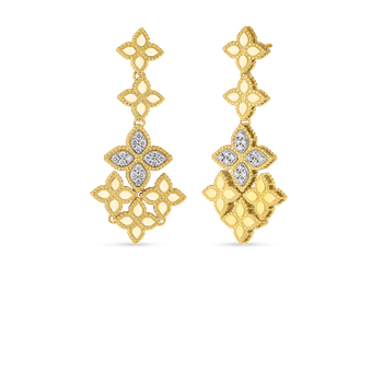 18Kt Gold Chandelier Earring With Diamonds