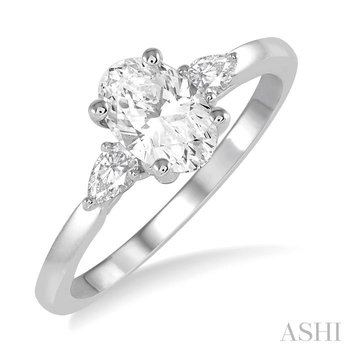 oval shape semi-mount diamond engagement ring