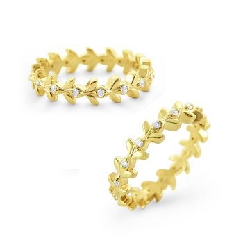 Diamond Wreath Ring Set in 14 Kt. Gold