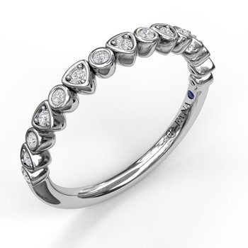 Alternating Trillion and Bezel Diamond Band