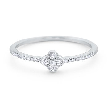 Diamond Clover Ring Set in 14 Kt. Gold