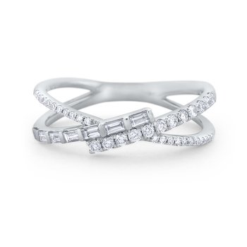 Diamond Mosaic Criss Cross Ring Set in 14 Kt. Gold