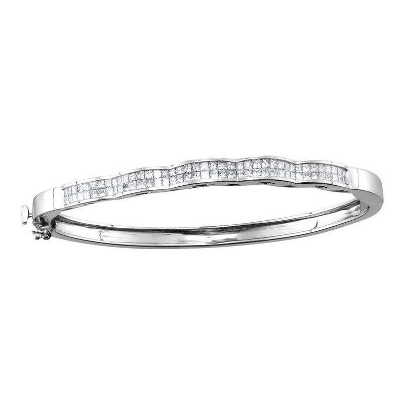 Gold-N-Diamonds, Inc. (Atlanta) 14kt White Gold Womens Princess Diamond Double Row Wave Bangle Bracelet 2.00 Cttw