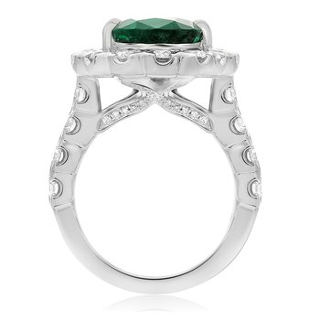 Pear-shaped Emerald & Diamond Halo Ring