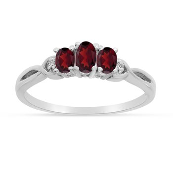 14k White Gold Oval Garnet And Diamond Three Stone Ring